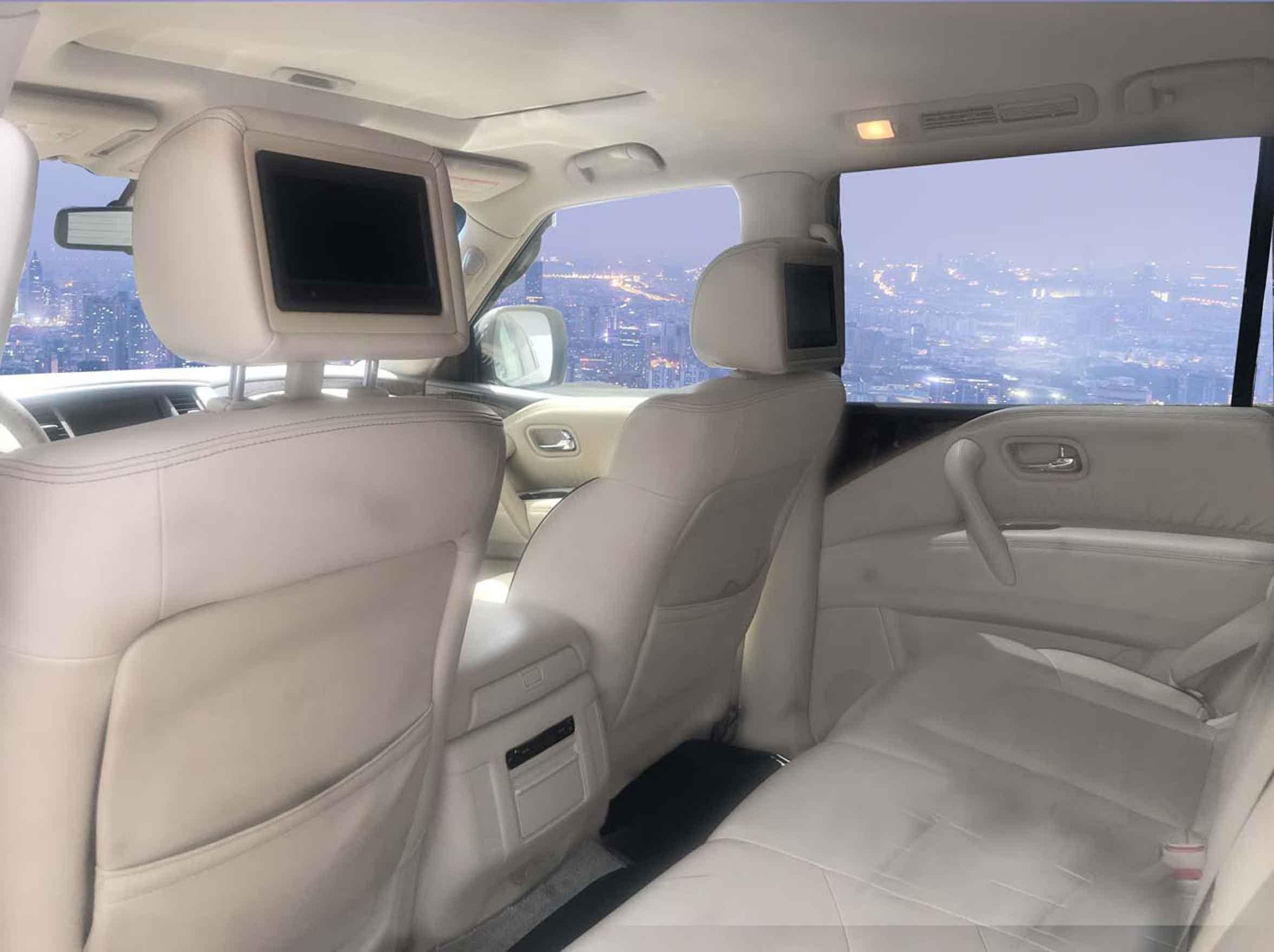 stallion approved - nissan PATROL 2010 01 interior 2
