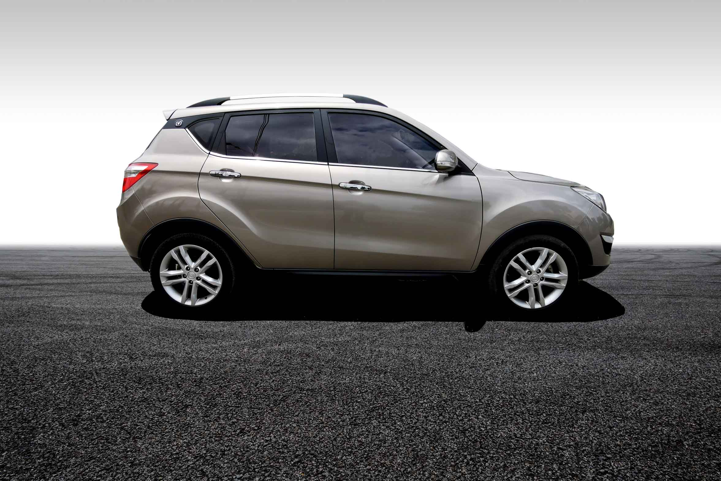 stallion approved - CHANGAN CS35 side view