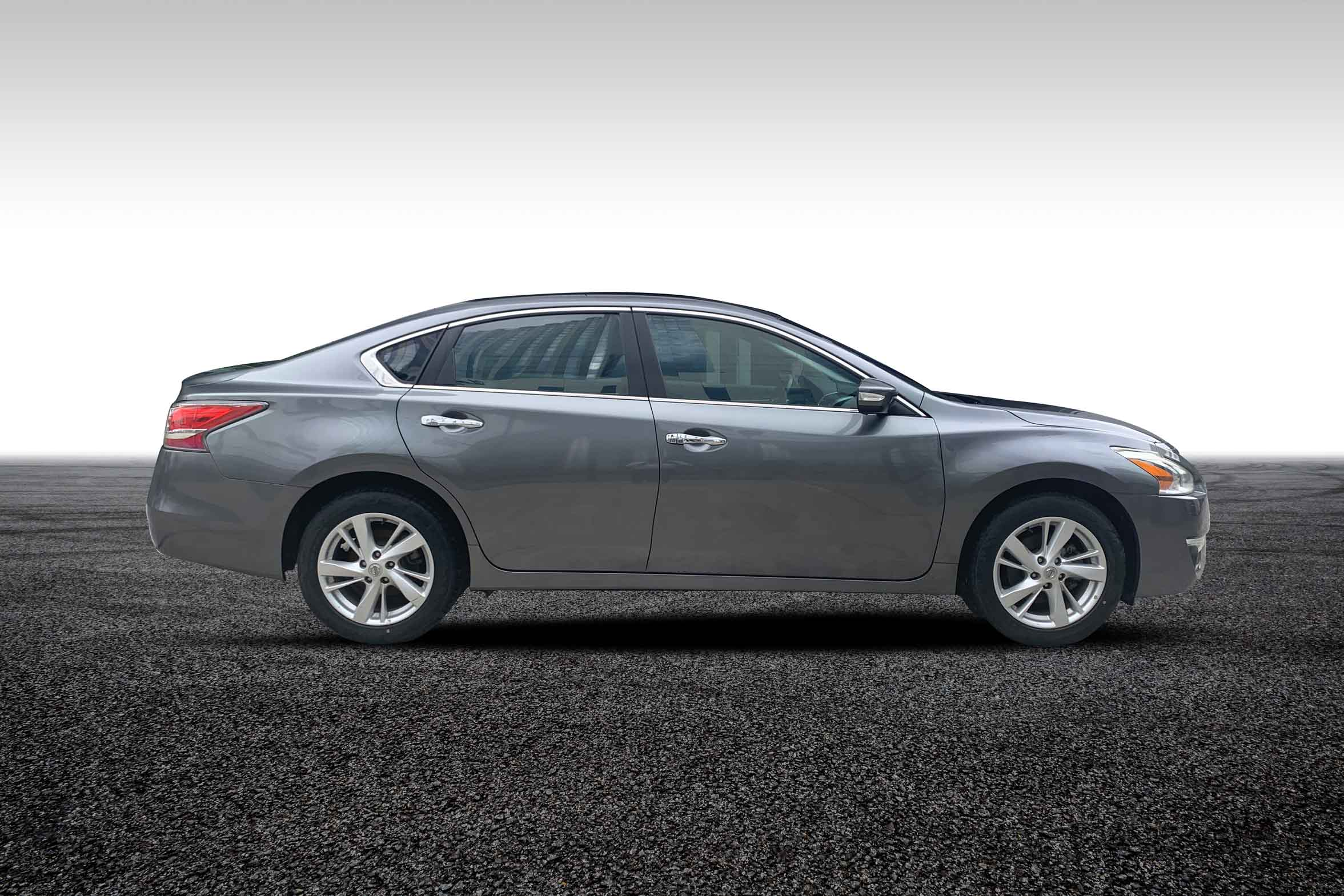 stallion approved - nissan Altima 2015 side view
