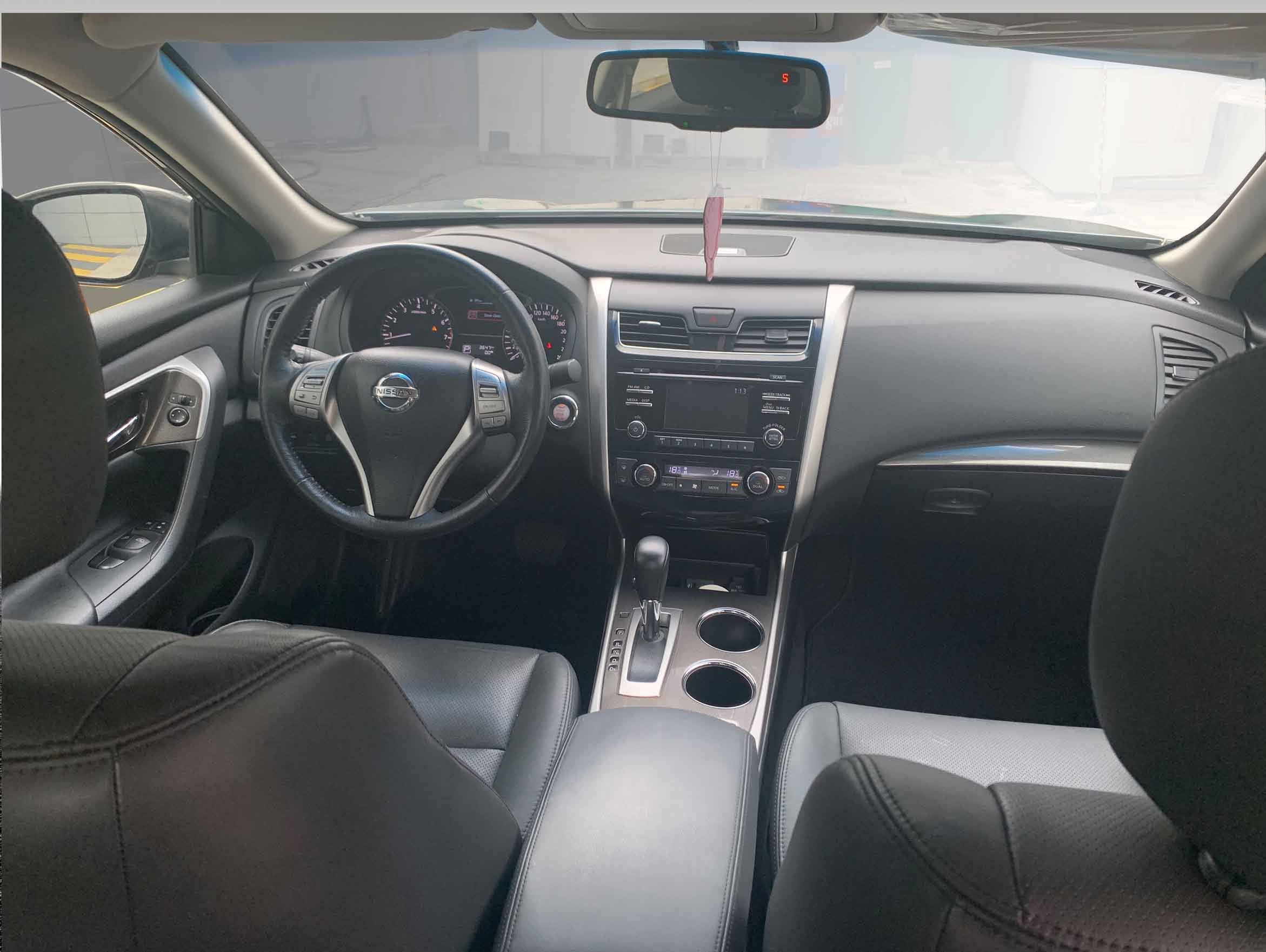 stallion approved - nissan Altima 2015 interior view